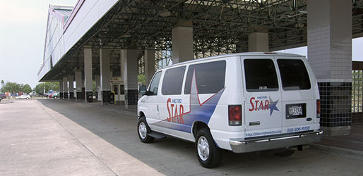 METRO STAR vanpool at park and ride location
